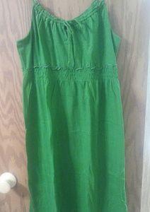 Green Old Navy sun dress